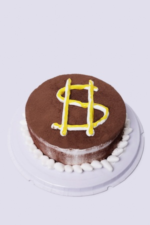 Cake with dollar sign Stock Photo - 12514705