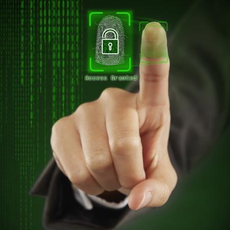 screen print: Scanning of finger print