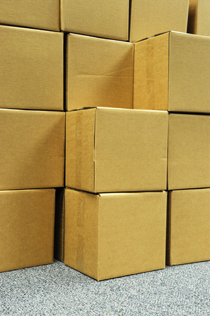 stacking cardboard box for shipping Imagens