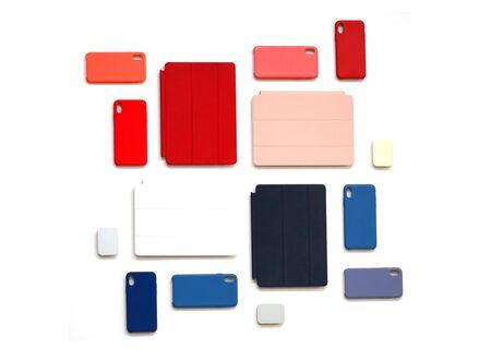 sfondo colorato di cover per cellulare e computer pad Archivio Fotografico