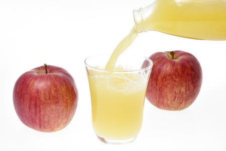 リンゴとリンゴジュース 写真素材 - 91867468