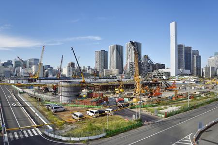 東京、日本-9 月 21 2017: 東京都中央区、2020 晴海の東京オリンピックの選手村とパラリン ピックの建設現場。