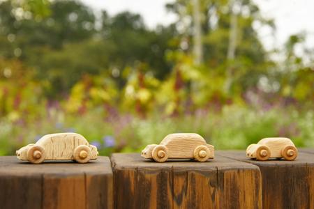 木製ミニカー 写真素材 - 87914019