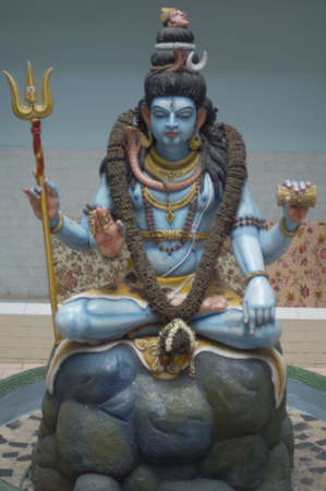 male likeness: Detalle de una estatua de Shiva
