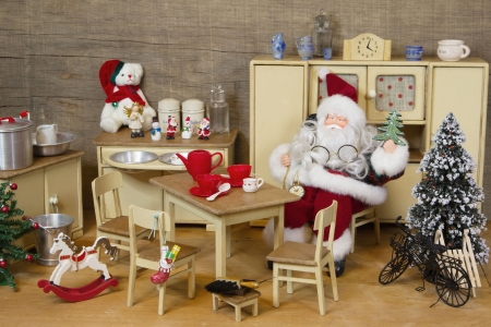 puppenhaus: Dekoration von Miniatur-Puppenhaus Lizenzfreie Bilder