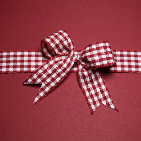 claret: Claret greeting card with checked ribbon