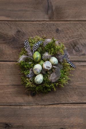 nid de Pâques avec matériau naturel pour une idée de décoration. Banque d'images