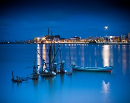 クアラ ・ トレンガヌで穏やかな青の時間 写真素材