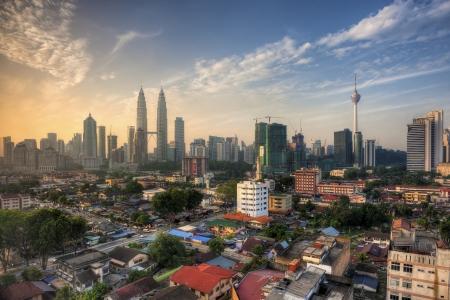 petronas: Kuala Lumpur en Sunrise Editorial