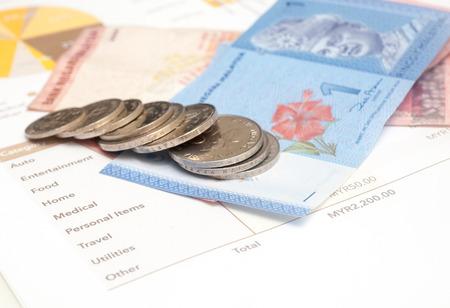 個人月次予算, マレーシア リンギ版 写真素材