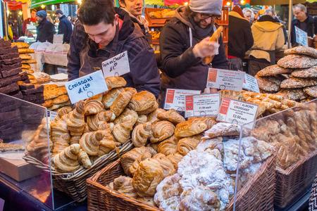 ロンドン、イギリス、2014 年 2 月 1 日 - 失速、バラー マーケットでお菓子の販売の品揃えです。