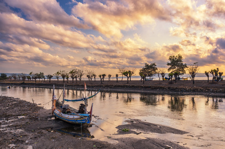 pulau: Abandoned Boat at Pulau Santen, Indonesia Stock Photo