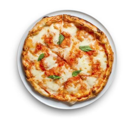 ピザ マルゲリータちょうどモッツァレラとトマト添えいくつか新鮮なバジル 写真素材