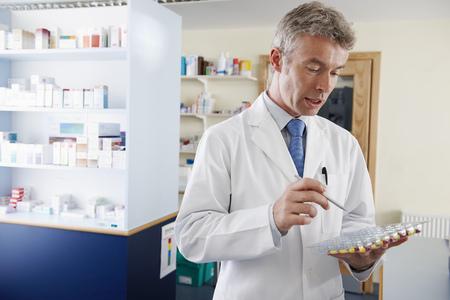 薬剤師錠剤を数える