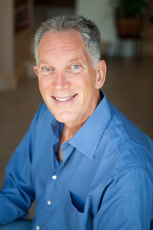 60 64 years: Senior man, portrait