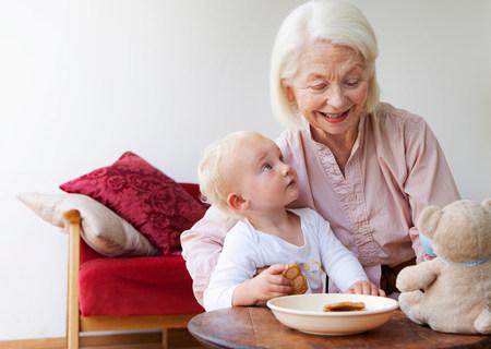 A grandmother talking to her grandson Banco de Imagens - 114144652