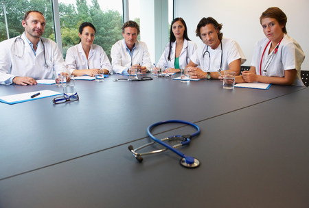 Doctors in conference room Imagens