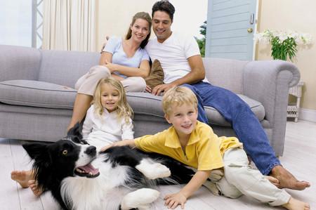 Family at home Stockfoto