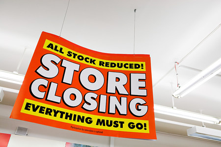 Store closing sign