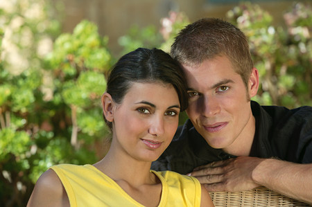 Portrait of a young couple Imagens