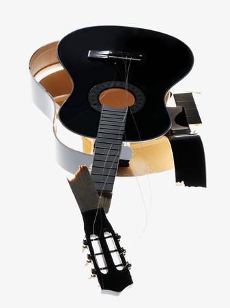 Smashed guitar Imagens