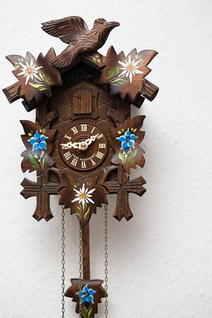 antique Cuckoo clock Zdjęcie Seryjne