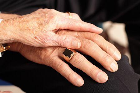 Hands of elderly couple Archivio Fotografico