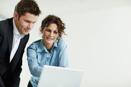 People Working On Computer 版權商用圖片