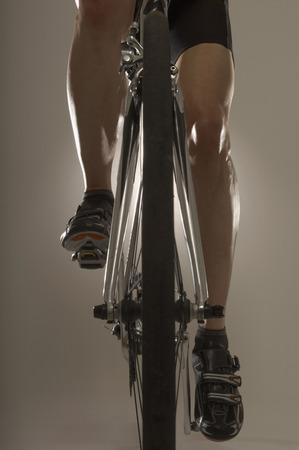 passtime: Man cycling