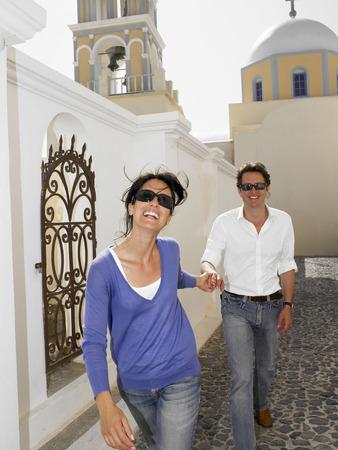 honeymooner: Couple smiling with sunglasses on