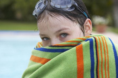 timidity: Young girl wrapped in a towel