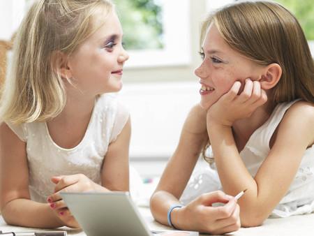 interrogations: Girls smiling, putting on make-up
