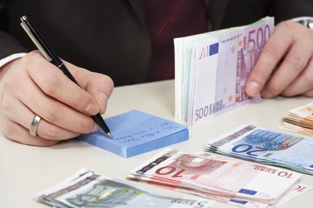 notations: Money on desk