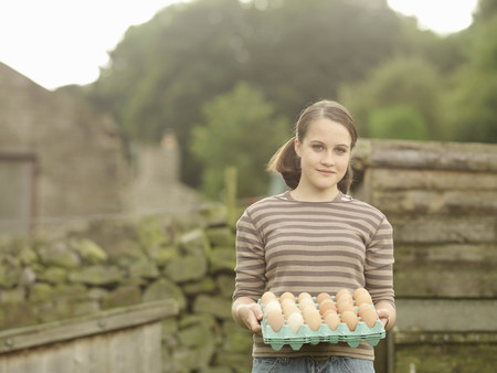 joyous: Girl With A Tray Of Eggs LANG_EVOIMAGES
