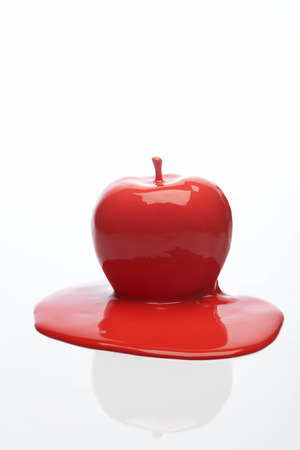 red apple LANG_EVOIMAGES