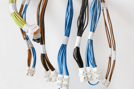 joining forces: Multiple electrical cables