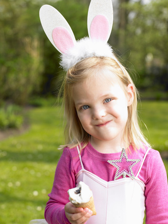 uncomplicated: Girl wearing a bunny costume LANG_EVOIMAGES