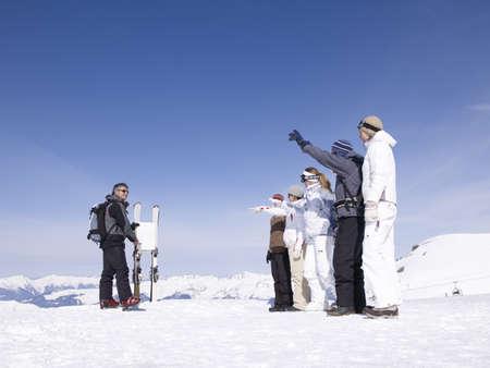 enquire: ski instructor teaching class