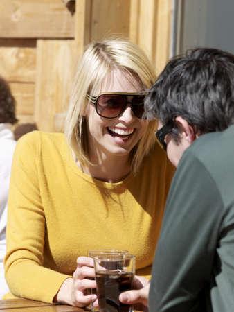 beau: woman and man enjoying drink
