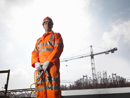 Worker With Cranes LANG_EVOIMAGES