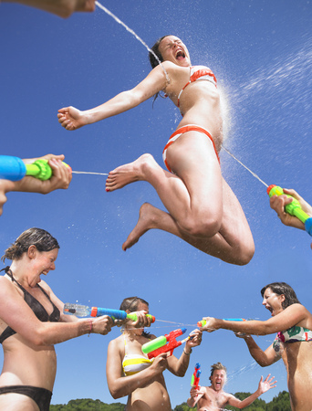 saturating: water fight
