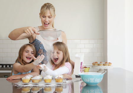 mischeif: Two girls and a mum baking