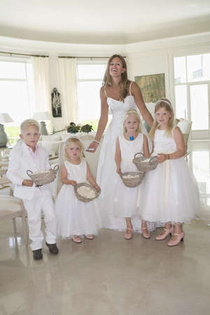 flowergirl: Bride with children portrait