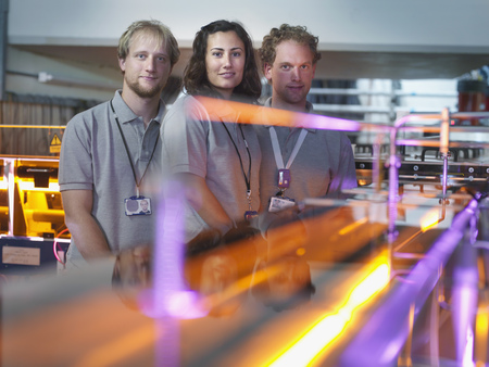 reactor: Fusion Reactor Scientists With Lasers LANG_EVOIMAGES