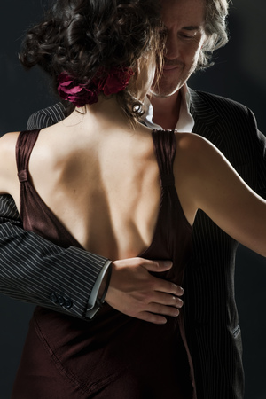 welldressed: man & woman dancing tango