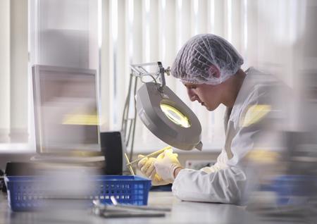 analyses: Male Laboratory Technician Inspection