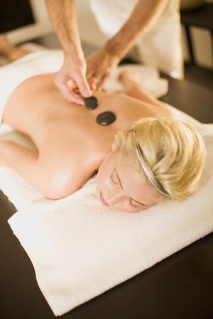 massage homme: Un jour dans un spa de bien-être