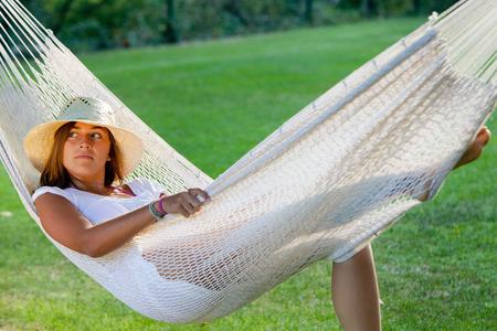 Girl in a hammock LANG_EVOIMAGES