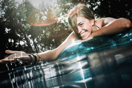 tans: Teen in a pool