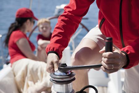 poleas: Family on yacht
